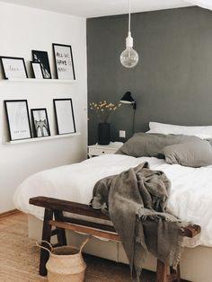 Cosy Bedroom, Bedroom Inspo, Bedroom Decor, Room Inspiration, Interior Inspiration, Diy Furniture Couch, New Room, Interior Design, House Styles