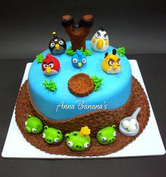 Angry Birds — Birthday Cakes