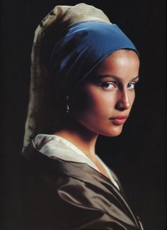 Laetitia Casta by Friedemann Hauss as the Girl With a Pearl Earring (Johannes Vermeer) Note: I love this photo. I actually found the book (girl with the pearl earing) and read it because of seeing this photo. Laetitia Casta, Johannes Vermeer, Taurus, French Beauty, Foto Art, French Actress, Book Girl, Portrait Art, Portraits