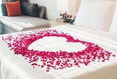 Create a Romantic Valentine's Day Bedroom Using Your 5 Senses. Romantic Room Decoration With Candles Bridal Room Decor, Wedding Night Room Decorations, Romantic Room Decoration, Romantic Bedroom Decor, Valentine Decorations, Romantic Room Surprise, Romantic Night, Romantic Dinners, Romantic Hotel Rooms