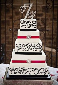 Amazing Red, Black And White Wedding Cakes [27 Pic] | Awesome Pictures