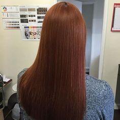 dark auburn straight hair hair straight 60 Auburn Hair Colors to Emphasize Your Individuality Auburn Red Hair, Dark Auburn, Natural Auburn Hair, Medium Auburn Hair Color, Dark Red, Natural Red, Hair Color 2018, Hair Color Dark, Dark Hair