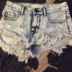 High rise shorts High waisted shorts from pacsun, in way good condition. I've only wore them once, size 0 and the brand is bullhead. I will trade if I like something in your closet as well PacSun Shorts Jean Shorts