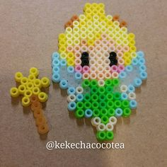 """11 Me gusta, 1 comentarios - cocotea (@kekechacocotea) en Instagram: """"Tinker Bell #handmade #craft #Disney #perlerbeads #fairy"""""""