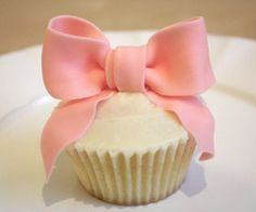 aawwhh!  I think this would be cute for a baby shower and a first year birthday party