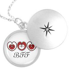 Hearts BFF Celebrate Friendship necklace