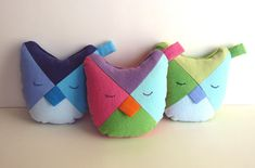 Owl Softie pattern, super quick and easy to make. Small owl is wonderful small toy for baby or todder. Pattern also includes a larger owl as accent pillow. From MyFunnyBuddy. $6.00