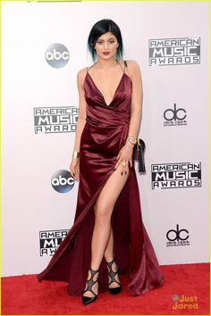 Kylie Jenner at AMAs 2014!