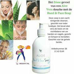 Aloe Hand & Face Soap Deze zeep is een zacht reinigende cleanser, geschikt voor ieder huidtype. Het bevat aloë vera als basis om de vochtbalans van uw handen en nagels, gezicht en lichaam te herstellen. Geschikt voor de gehele familie.