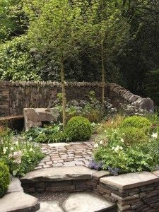Artisans Gardens, Chelsea 2013 | GardenDrum Un Garreg (One Stone) Design  Harry And