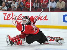 Martin Brodeur, New Jersey Devils Hockey Goalie, Hockey Players, Martin Brodeur, New Jersey Devils, Sports Figures, Face Off, Great Team, Sports Stars, Nhl