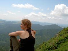 Tourisme Matane - Les incontournables - La Montagne | Tourisme Matane Summer Activities, Outdoor Activities, Appalachian Trail, Campsite, Hiking Trails, Playground, Wildlife, Boat, River