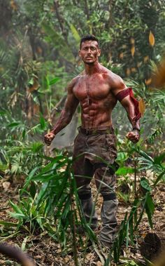 Tiger Shroff pics from movie full hd pics Girls Work, Hot Men, Hand Tattoo Images, Hand Tattoos, Tiger Shroff Body, Indian Army Wallpapers, Allu Arjun Wallpapers, Tiger Love, Hand Pictures
