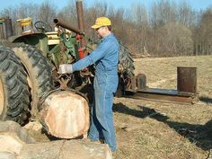 Any one ever built one to go on the three point hitch and run off the tractor hydraulics? What type valve would ya need to control the ram? Log Splitter, Zappa, Farm Gardens, Farming, Firewood, Inventions, Tractors, Survival, Engineering