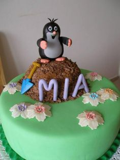 #Little #mole #cake #krtek #taart #molletje Cake Decorating Books, Cake Decorating Videos, Decorating Ideas, Buttercream Birthday Cake, 80 Birthday Cake, Pinterest Decorating, Bug Cake, Book Cakes, Cupcakes