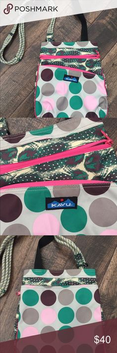Kavu cross body handbag - polka dot and feathers Please refer to pictures for details - This would be a great addition to your collection This is new without tags - I purchased and never carried it. Kavu Bags Crossbody Bags