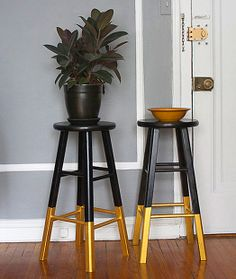 DIY gold dipped stools.. But with white or tell nor mint instead of black