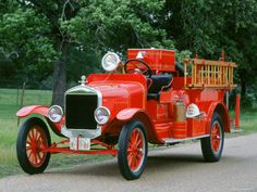 1927 Ford TT Fire Truck. Need to incorporate vintage into the party somehow (to make hubby happy :) and a ladder... hmm...