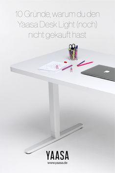 Es gibt einige gute Gründe einen höhenverstellbaren Schreibtisch zu kaufen. Es gibt aber auch sehr gute Gründe KEINEN höhenverstellbaren Tisch zu kaufen. Desk Light, Dining Table, Furniture, Home Decor, Get Up, Table Desk, Writing, Office Lighting, Dinning Table