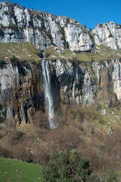 Parque Natural Los Collados del Asón - Turismo de Cantabria - Portal Oficial de Turismo de Cantabria - Cantabria - España