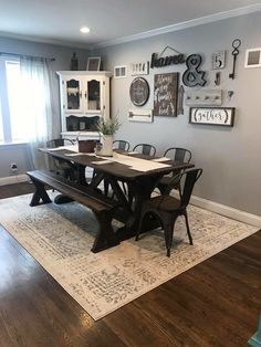 Best Dining Room Wall Decor Ideas 2018 (Modern & Contemporary Pictures) Bench for table. Chairs from kitchen. Dining room table Farmhouse Dining Room Decor IdeasBench for table. Chairs from kitchen. Farmhouse Dining, Farmhouse Decor Living Room, Home Living Room, Farm House Living Room, Dining Room Walls, Home, Kitchen Decor, Farmhouse Dining Rooms Decor, Dining Room Table