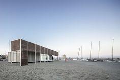 Escuela de Vela de Sotogrande de Héctor Fernández Elorza/HFE Arch + Carlos García Fernández en Cádiz, España