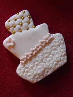 Wedding Cookies by bassettsfarm, via Flickr Fancy Cookies, Iced Cookies, Cute Cookies, Cupcake Cookies, Sugar Cookies, Wedding Shower Cookies, Wedding Cake Cookies, Wedding Cupcakes, Sugar Cookie Frosting