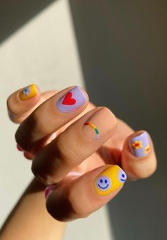 21 Smiley Face Nails That are Sure to Put A Smile on Your Face, Too - Days Inspired