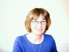 Elizabeth Ducie: Author: Elizabeth Chats With...Margaret James