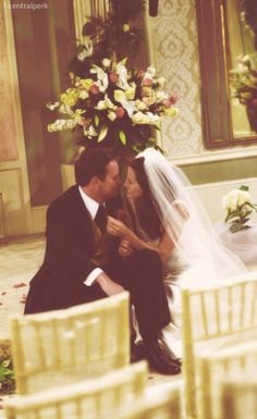 Monica & Chandler... I want a wedding picture like this. A stolen moment where we are the only two people after the ceremony.