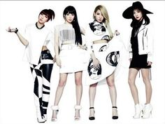 2NE1 Discusses Tearing Up Seeing Myanmar Fans For The First Time http://www.kpopstarz.com/articles/102065/20140802/2ne1-myanmar.htm