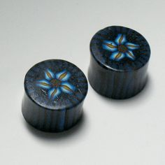 Gauges Plugs 3/4 Daisy Pattern blue navy white by ClayGauged, $16.99