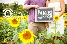 Sunflower Field Engagement Session / Engagement Pictures / Sunflowers / Sunflower Engagement / Sunflower Save the Date / Save the | http://flowerfieldsgallery.blogspot.com