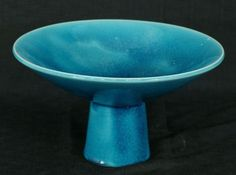 1 Antique Auctions, Pottery Making, Japanese Pottery, Malachite, Primary Colors, Arts And Crafts, Antiques, Tableware, Glass