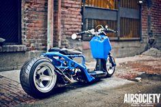 Blue lowered and stretched custom Honda Ruckus Scooter Tuning, Scooter Bike, Custom Honda Ruckus, Scooter Custom, Honda Scooters, Motor Scooters, Custom Motorcycles, Custom Bikes, Quad