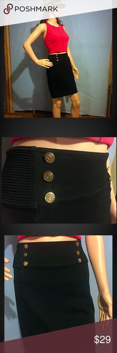 Express Gold Button Ribbed Pencil Skirt ✨Excellent Condition✨Perfect timeless staple pencil skirt with gold button details. Beautiful gold button have English crest on them. Nice stretchy fabric helps skirt shape to any body. Thank You for your Interest!! ❌NO Trades❌ Price FIRM, Use the Bundle Discount: 4️⃣Items=20%OFF!! Express Skirts Mini