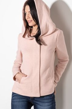 Amazing clothing for every woman that aims to inspire confidence through fashion. Dressy Jackets, Girls Ask, Cool Outfits, Fashion Outfits, Lace Tank, Fashion Company, Casual Tops, Country Style, Dress To Impress
