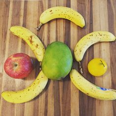 feelin' fruity  #fruit #smoothie #healthysnacks