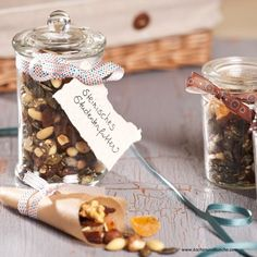 Steirisches Studentenfutter Place Cards, Place Card Holders, Food, Food Gifts, Almonds, Chef Recipes, Kochen, Meal, Eten