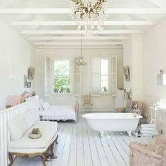 French_style_house_7_e_6ac5d528e86f6cea1edde64c3feb5f33