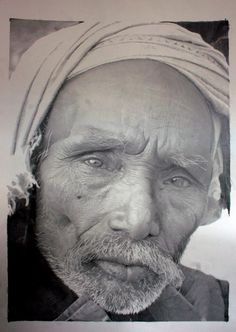 """hyperrealism"" pencil drawing (yes, drawing!)  how on earth does he capture the eyes???"