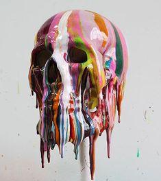 Una estética que se presenta en el pintura, escultura, fotografía con fuerza…