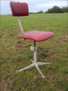 Midcentury Dutch design Friso Kramer Bureau stoel Industrial desk chair Ahrend De Cirkel