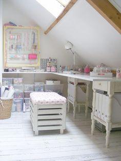 FRIVOLE - craft room
