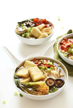 This meatless meal is packed full of flavor and ethnic flair. Try this 10-ingredient Vegan Ramen to switch up your weekly dinner routine. Top it with green onion, carrots, or bok choy.