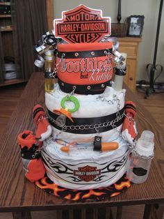 Harley Davidson Diaper Cake for that future biker baby Harley Davidson Cake, Harley Davidson Quotes, Harley Davidson Helmets, Harley Davidson Wallpaper, Classic Harley Davidson, Harley Davidson Chopper, Harley Davidson Sportster, Davidson Bike, Shower Bebe