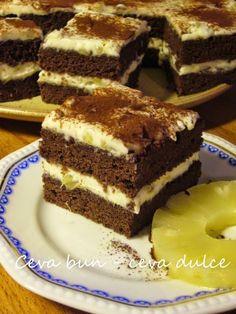 Romanian Desserts, Romanian Food, Cake Cookies, Tiramisu, Sweet Treats, Food And Drink, Sweets, Cooking, Ethnic Recipes