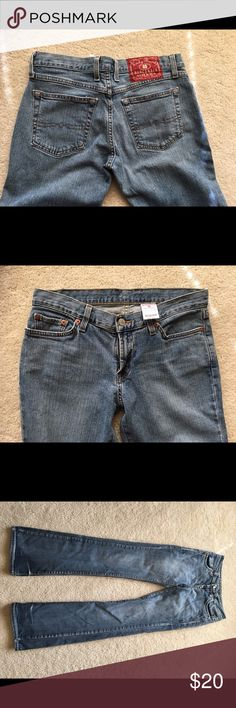 Lucky Jeans Size 4 inseam 30 Lucky Brand Jeans Straight Leg