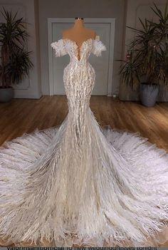Lilac Prom Dresses, Fancy Wedding Dresses, Pretty Quinceanera Dresses, Quince Dresses, Glam Dresses, Event Dresses, Pretty Dresses, Designer Evening Gowns, Dress Wedding