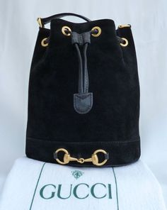 Vintage Gucci - Gucci Backpack - Ideas of Gucci Backpack - Vintage Gucci Vintage Gucci Purse, Vintage Purses, Vintage Bags, Tote Handbags, Purses And Handbags, Prada Handbags, Black Gucci Belt, Gucci Crossbody Bag, Beautiful Bags